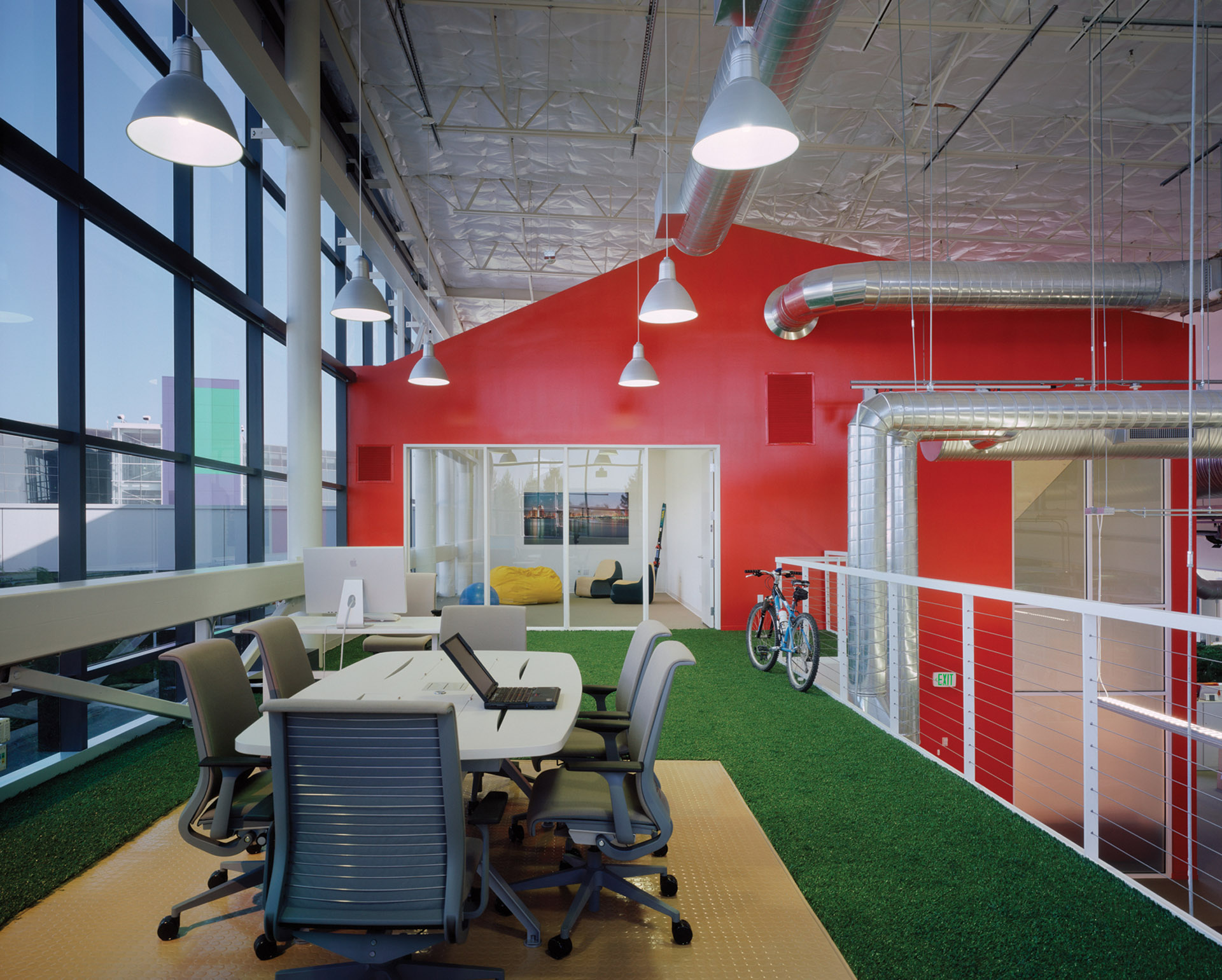 Google office space design Interior Google Headquarters Clive Wilkinson Architects Clive Wilkinson Architects Google Headquarters